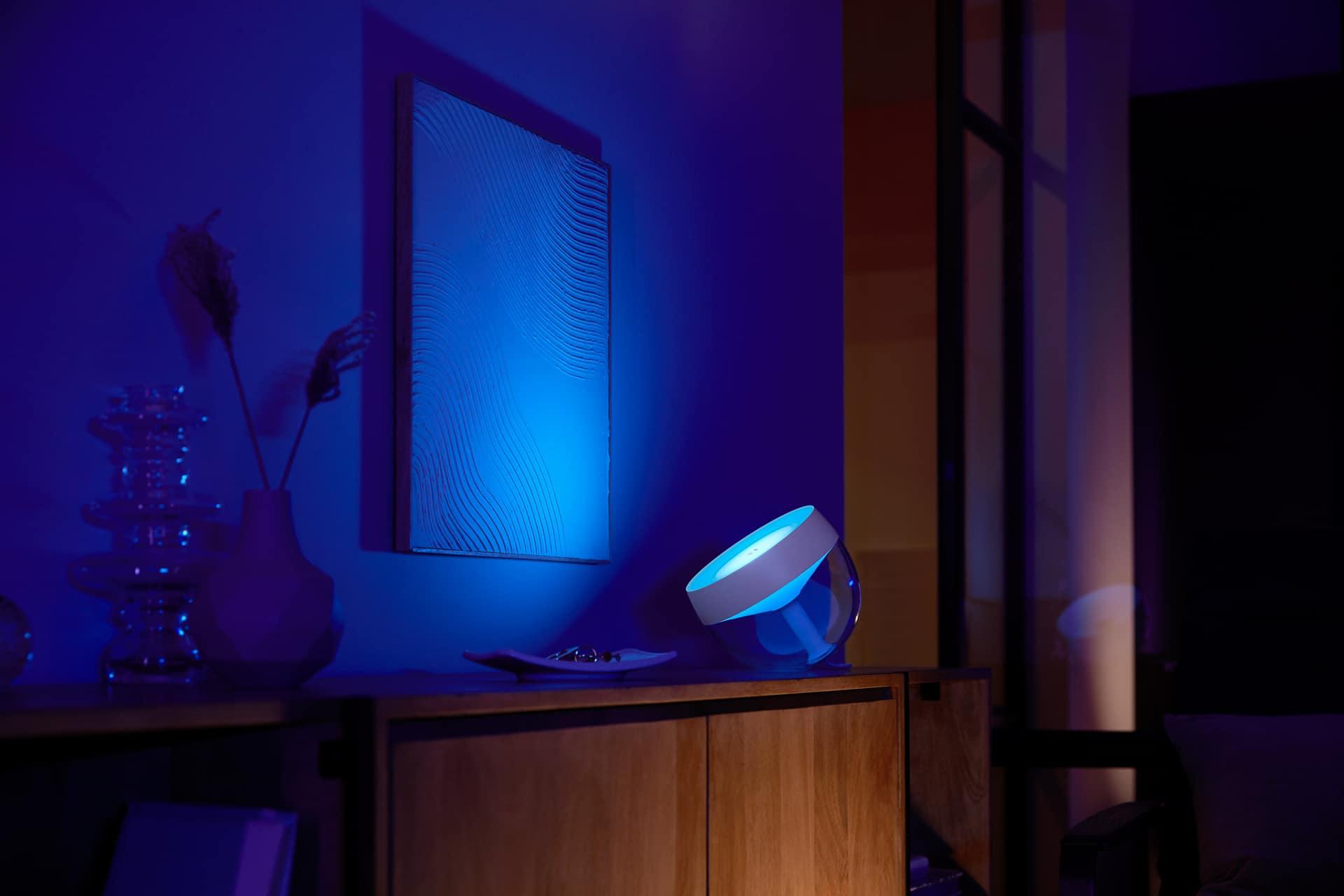 Philips Hue Iris lifestyle living room