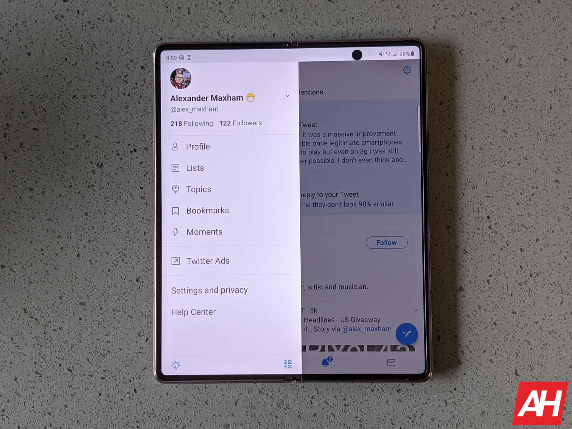 Samsung Galaxy Z Fold 2 AM AH 24