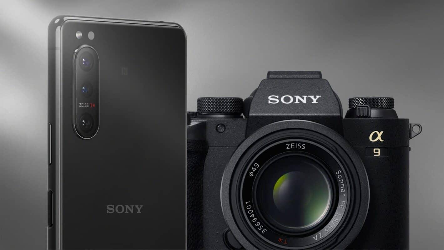 Xperia 5 II Camera Main black 16 9 presser