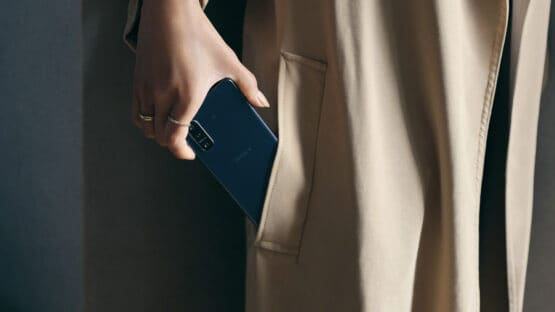 Xperia 5 II Design Compact Blue Female Large