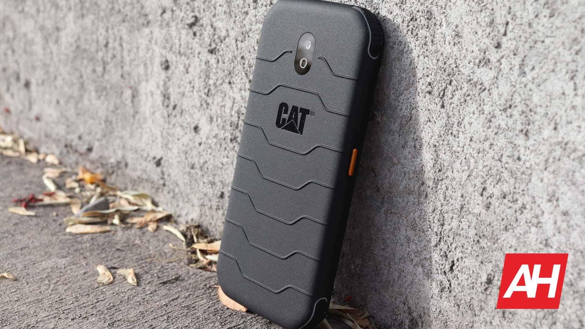 01 0 CAT S42 Review hardware DG AH 2020