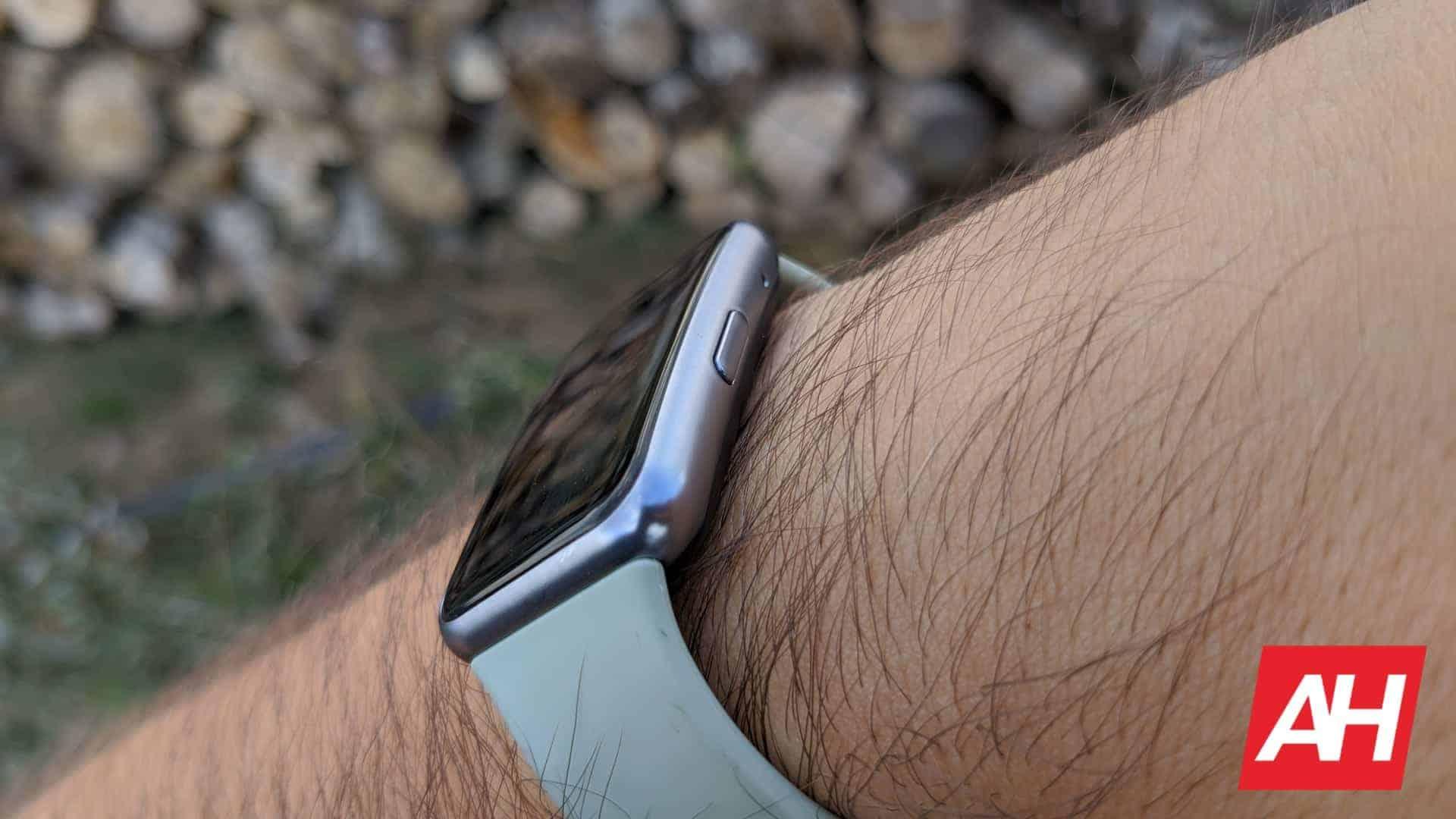 AH Huawei Watch Fit 13