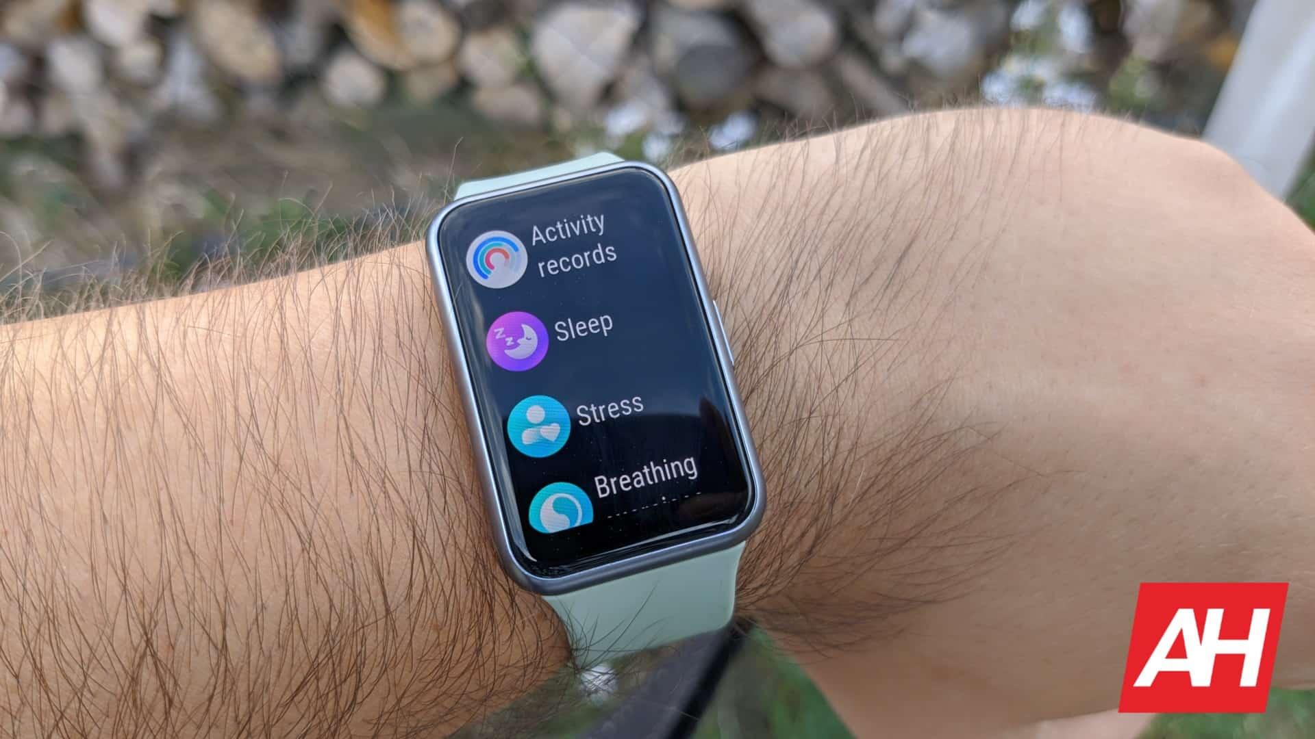 AH Huawei Watch Fit 15