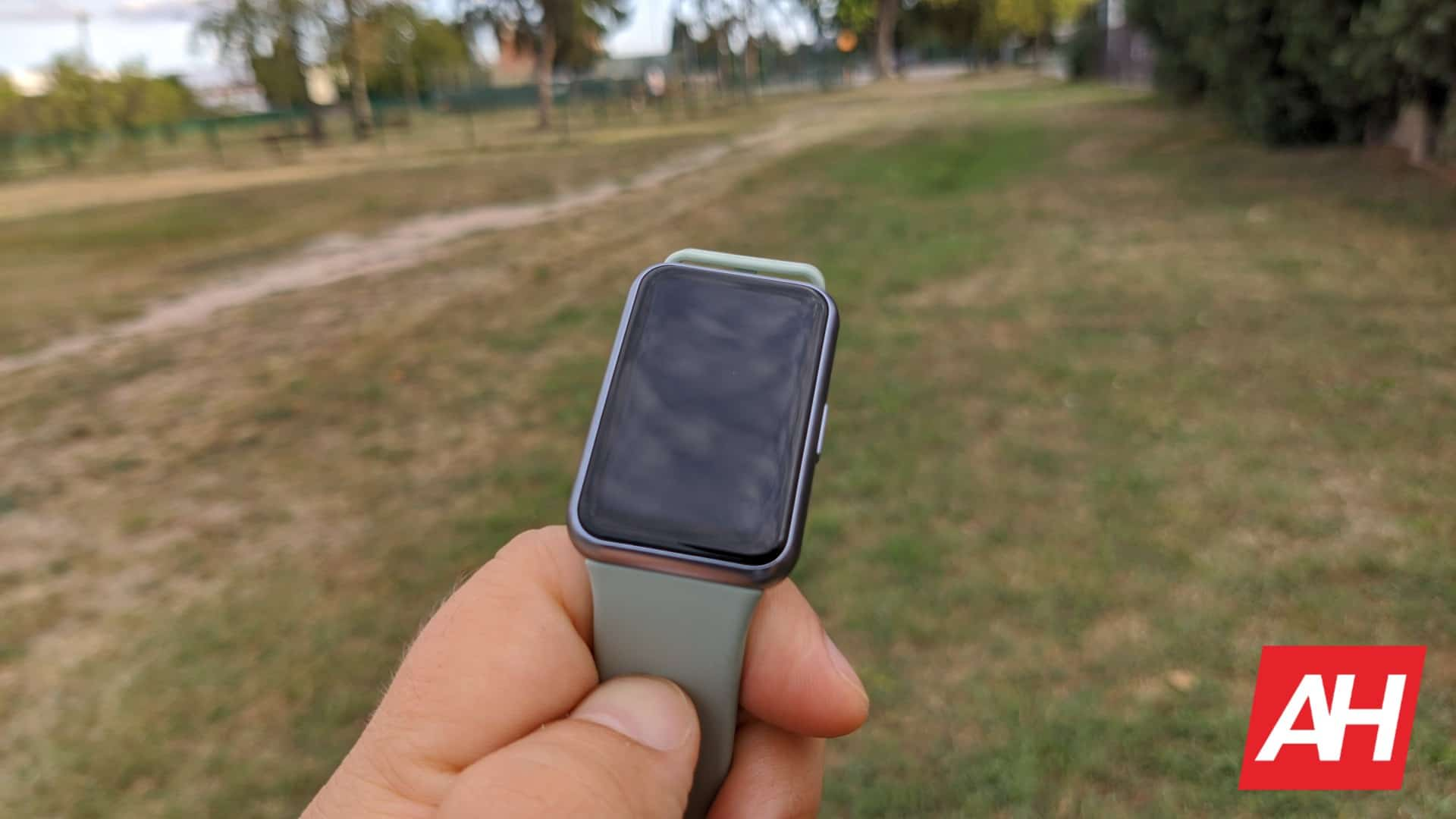 AH Huawei Watch Fit 26