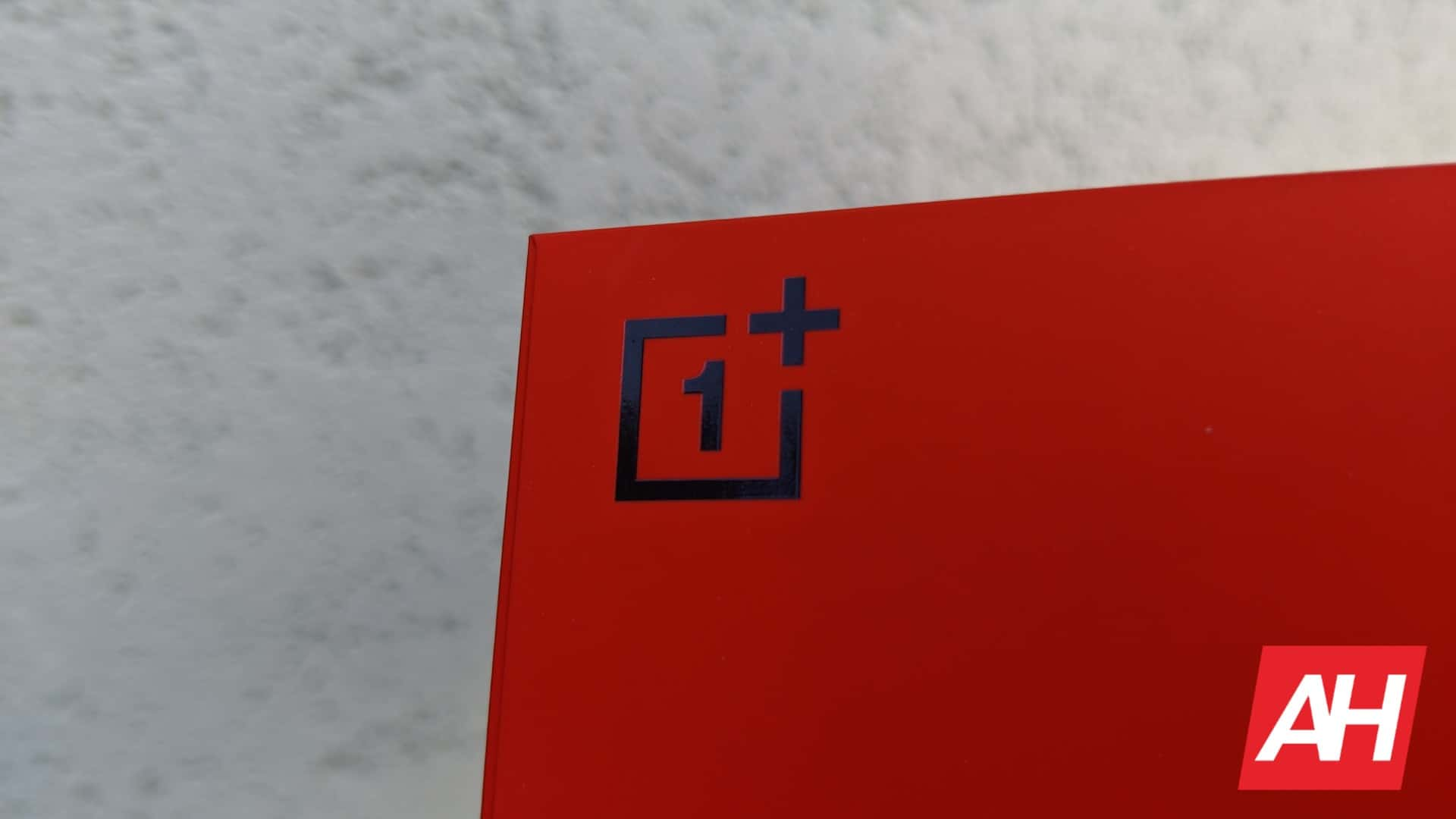 New Leak Shows The OnePlus Nord 2 In Red