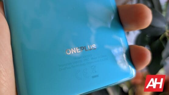 AH OnePlus 8T logo 6
