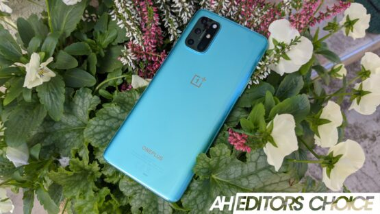 AH OnePlus 8T review featured badge