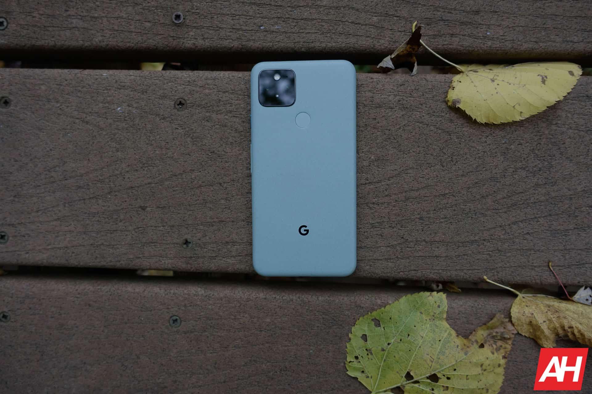 Google Pixel 5 Review AM AH 14