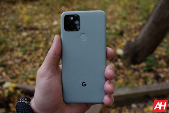 Google Pixel 5 Review AM AH 16