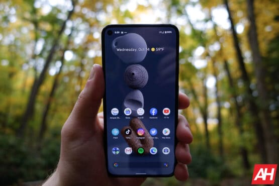 Google Pixel 5 Review AM AH 9