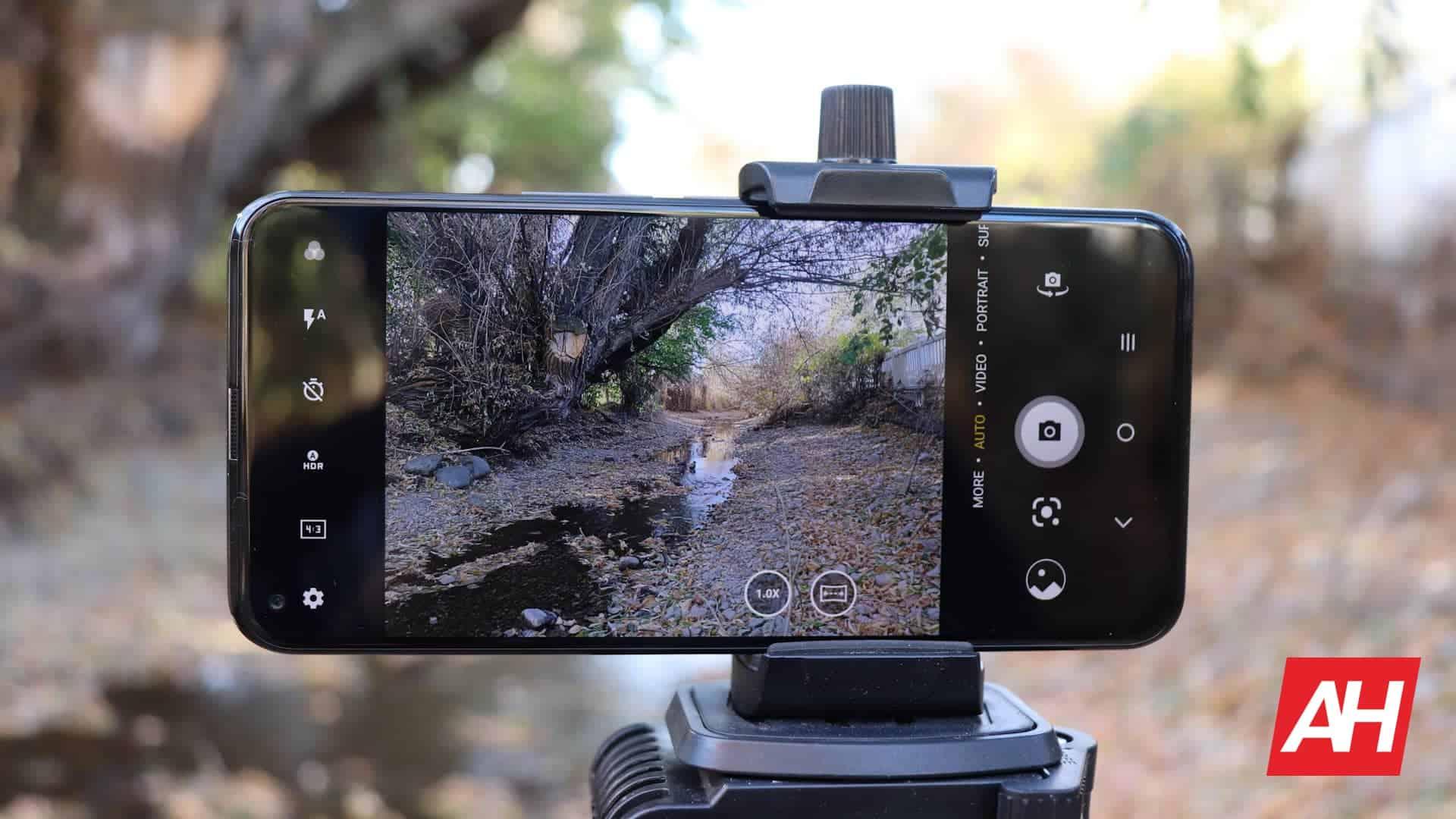 08 TCL 10 5G UW Review camera DG AH 2020