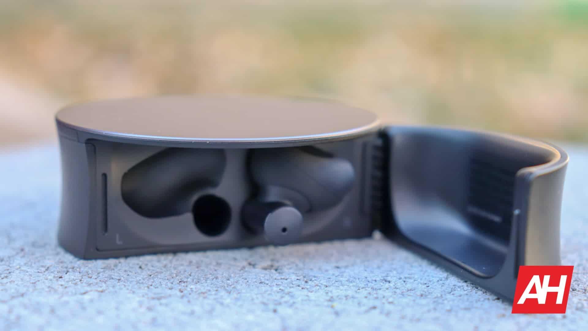 01 4 Oddict Twig Earbuds Hardware Review DG AH 2020