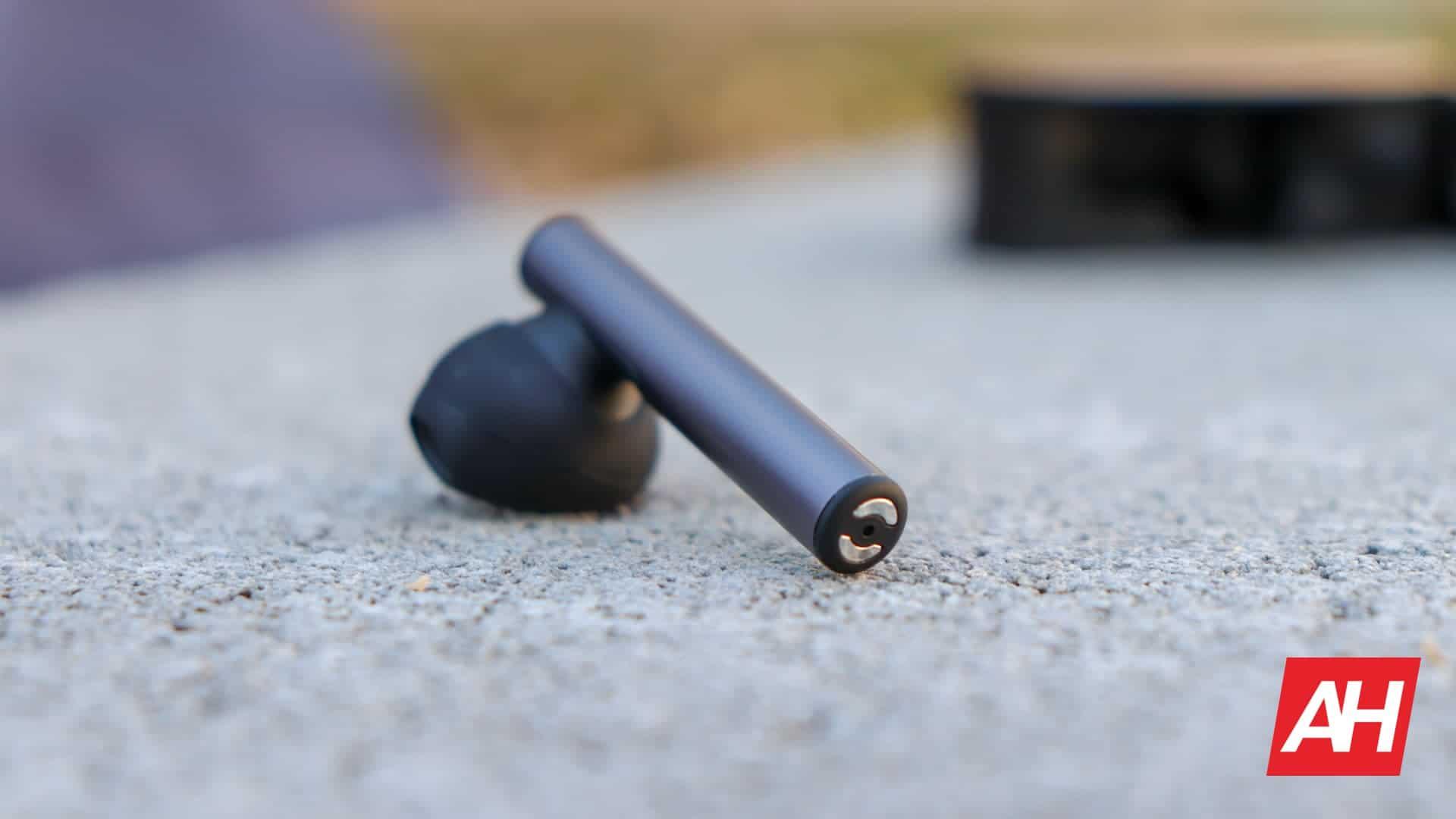 01 7 Oddict Twig Earbuds Hardware Review DG AH 2020
