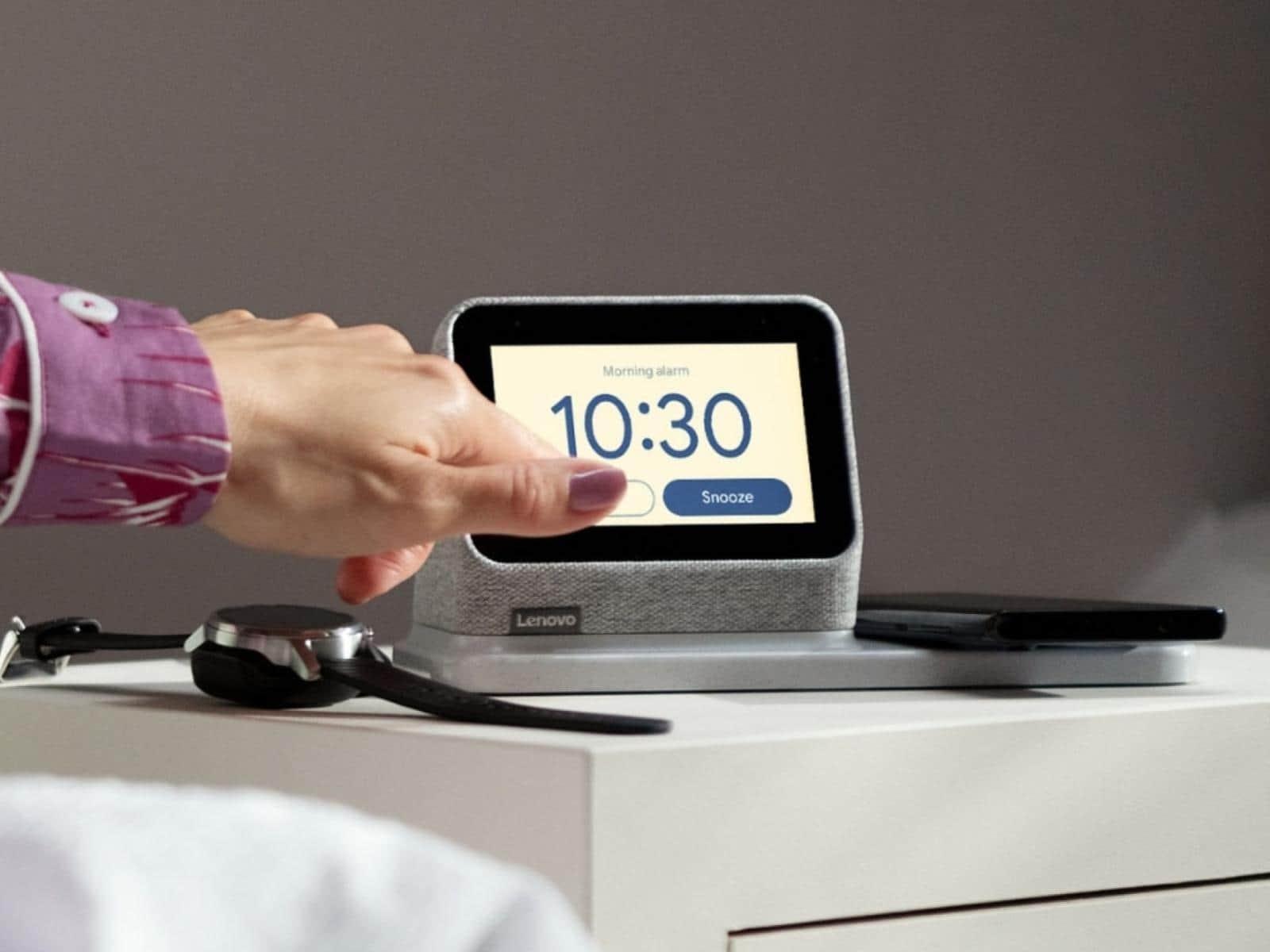 091 Lenovo Smart Clock 2 presser