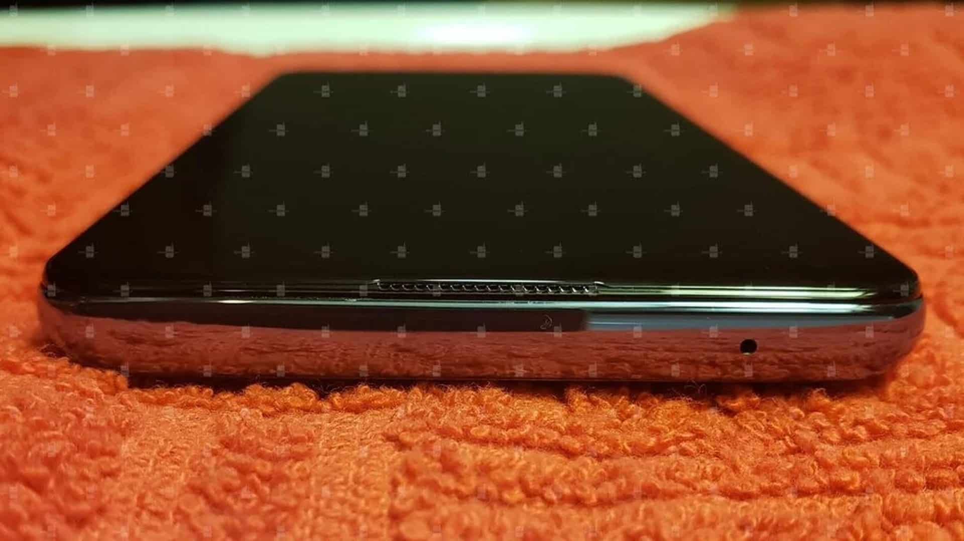 OnePlus 9 hands on image leak 3