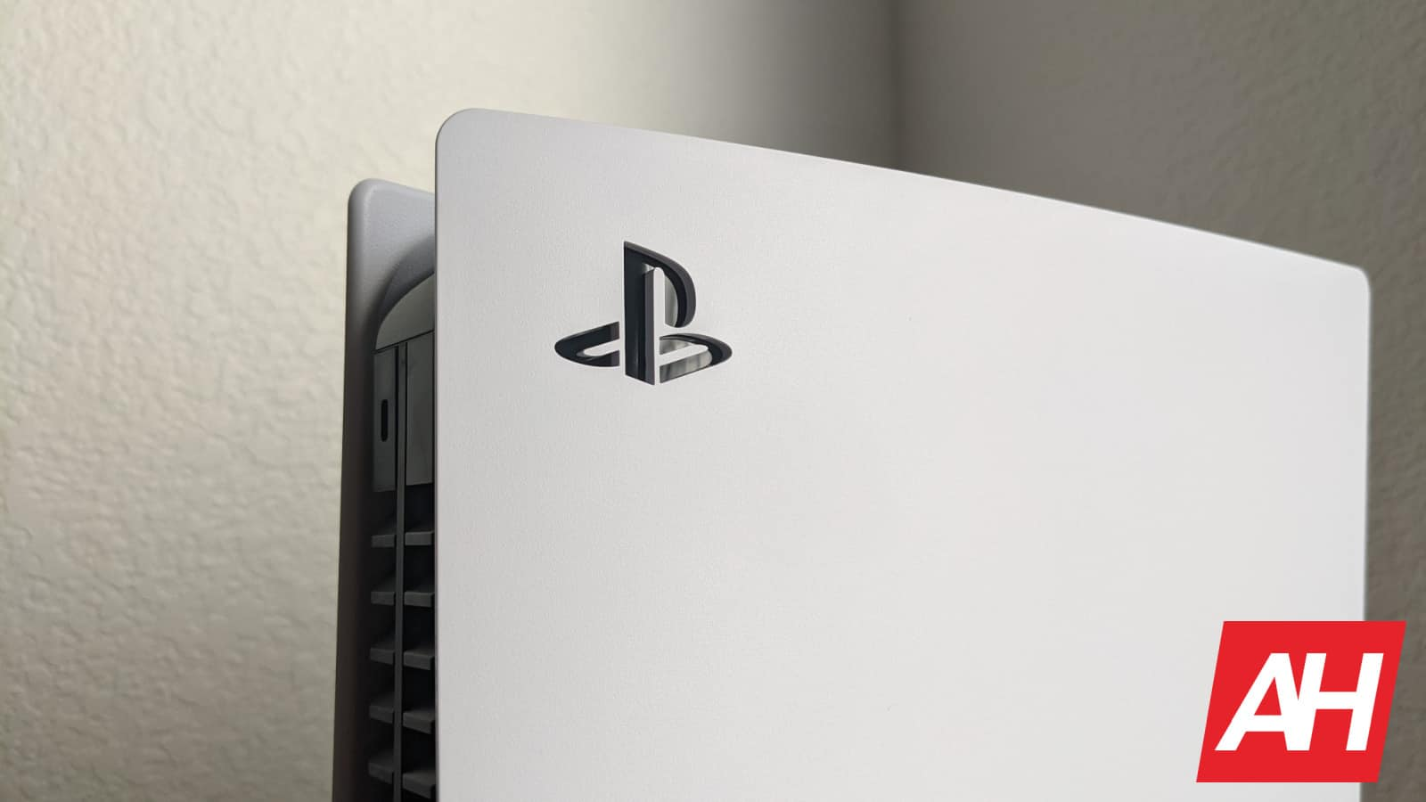 "Sony ""increases PS5 production"" to end stock shortage"