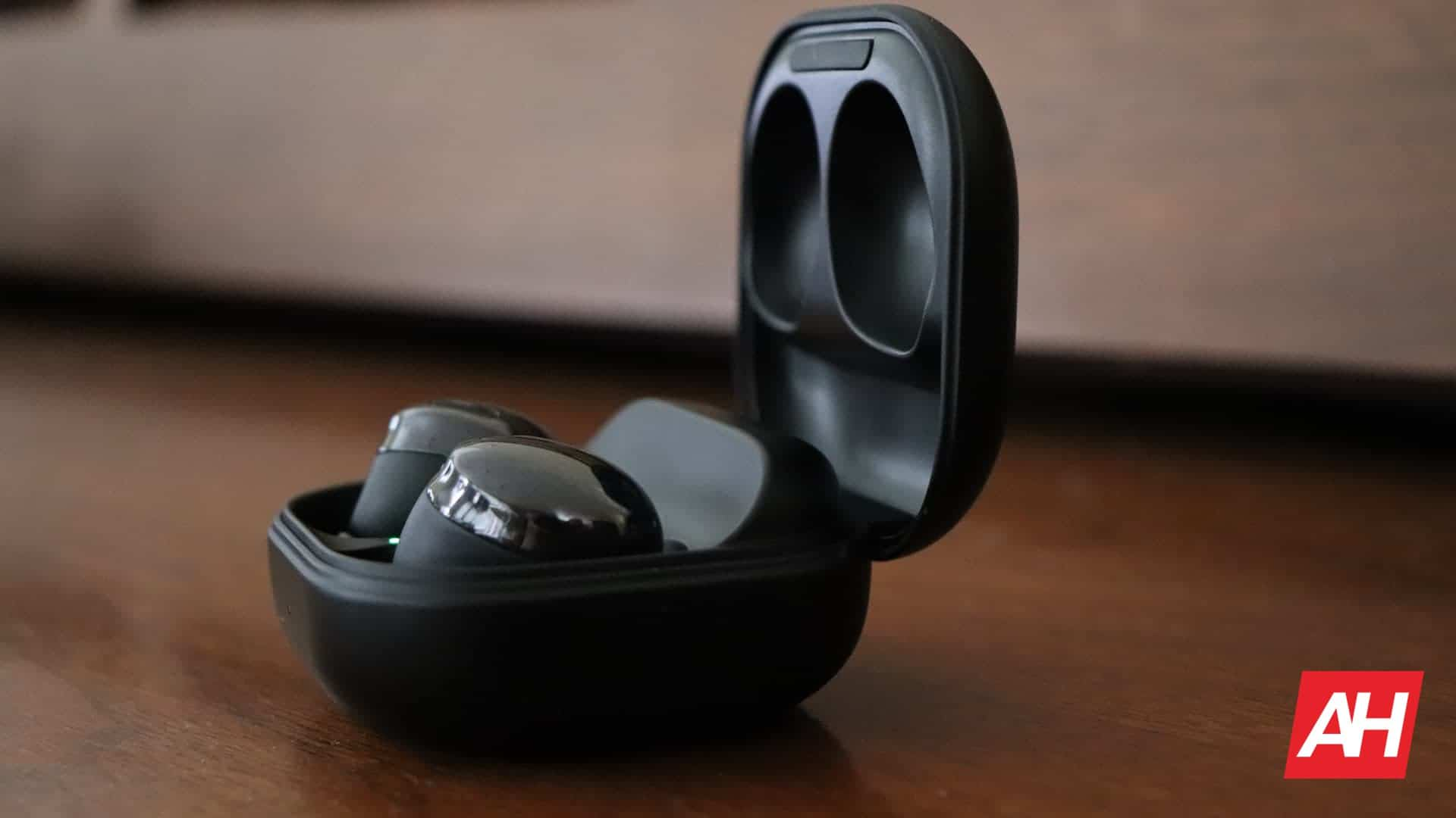 01 2 Samsung Galaxy Buds Pro review hardware AH DG 2021