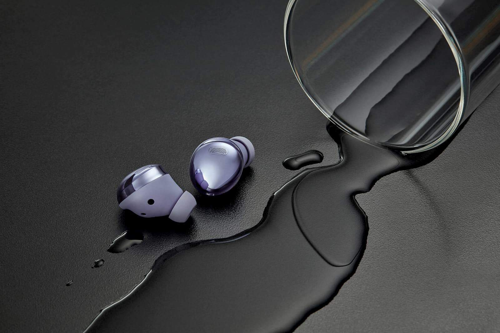 08 ces unpacked pressers 28 samsung galaxy buds pro lifestyle IP68 violet
