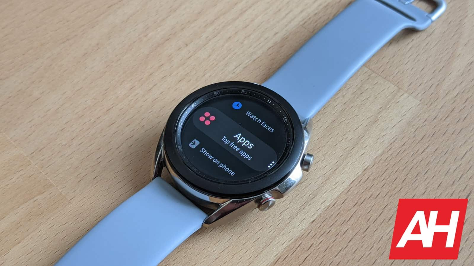 Another Source Claims The Galaxy Watch 4 Will Ship With Wear OS