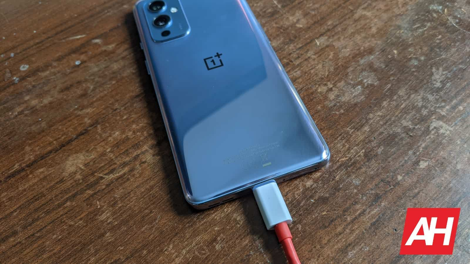 AH OnePlus 9 KL image charging 3