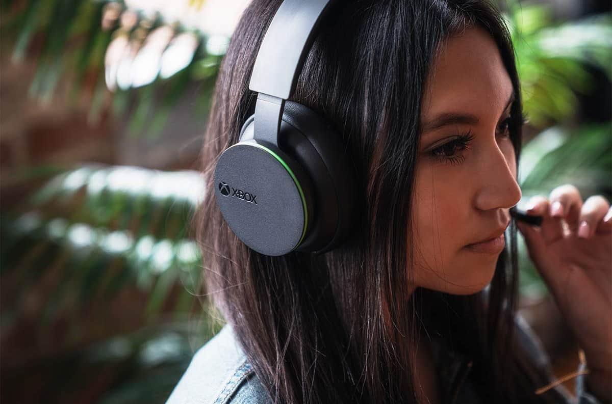 Microsoft's new Xbox Series X headset launches tomorrow