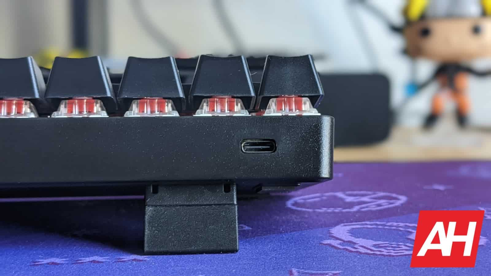 WhirlwindFX Atom 60 Gaming Keyboard Review 5