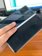 Prototipe kehidupan nyata smartphone pertama Xiaomi yang dapat dilipat 1