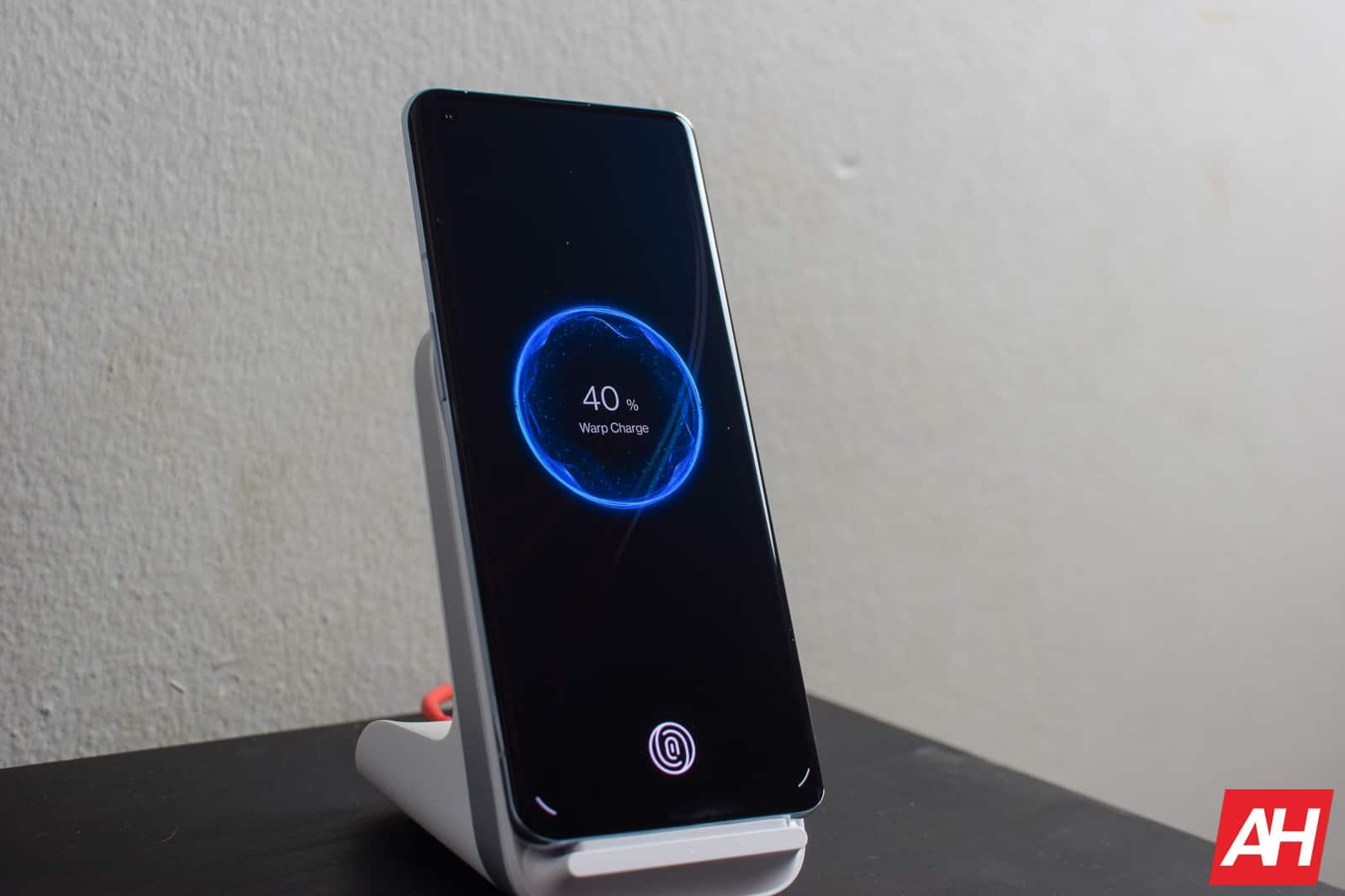 OnePlus 9 Pro Wireless Charging AM AH