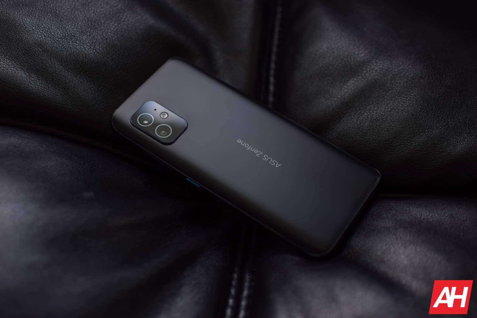 ASUS Zenfone 8 Review AM AH 08