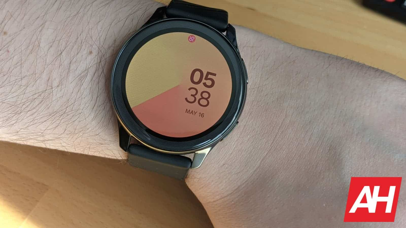 OnePlus Watch Review 1