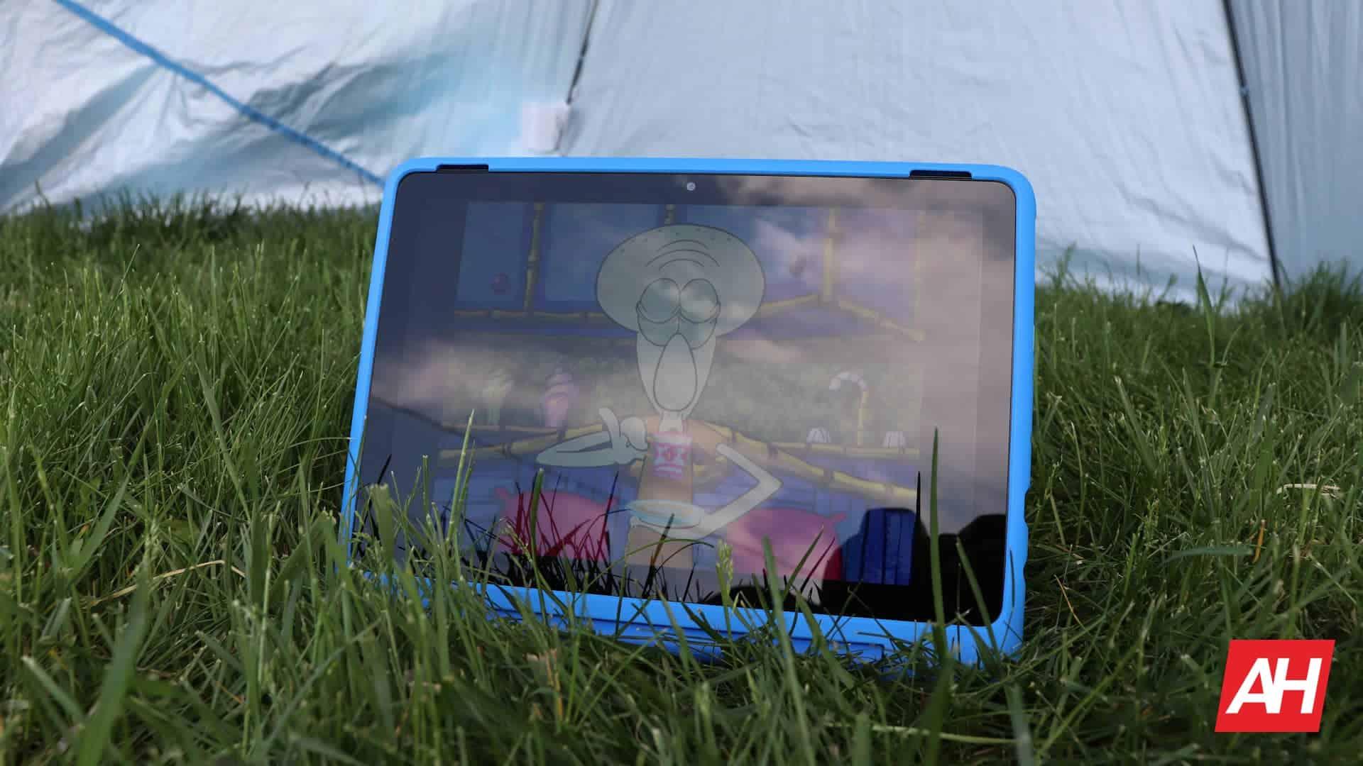 02 Amazon Fire HD 10 Kids Pro review display DG AH 2021