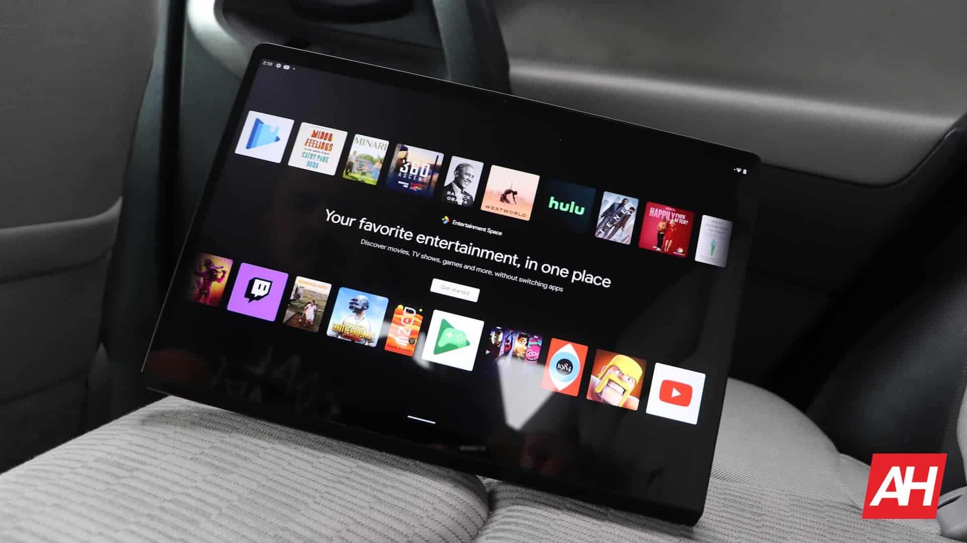 06 Lenovo Yoga Tab 13 review software DG AH 2021