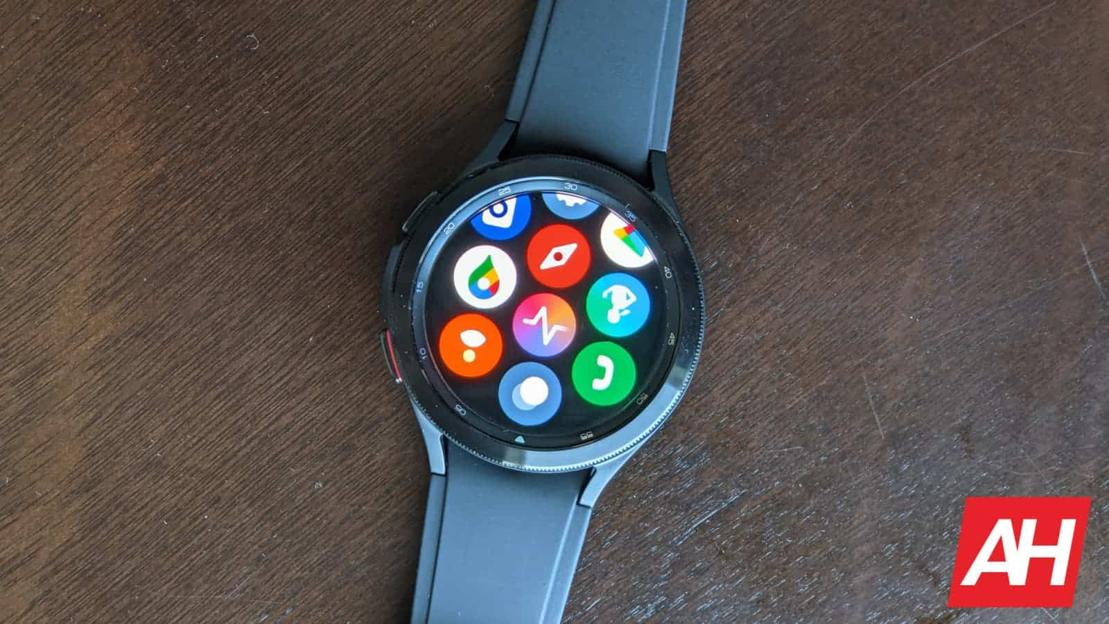 Samsung Galaxy Watch 4 Classic Hands On 9
