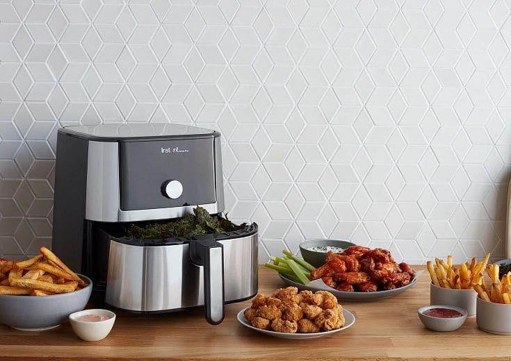 Desktop 140 3006 01 IB Air Fryer Lifestyle Instant Vortex Plus Air Fryer SS 6QT Light Kitchen Overview 1