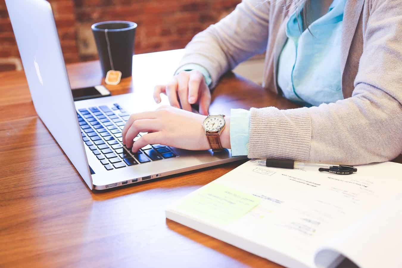 Laptop typing image 8948455598